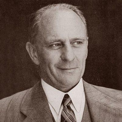 Dr K Bremer
