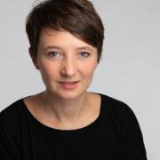 Dr Susanne Koch